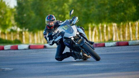 Test Yamaha Tracer 7: Brigada Diverse